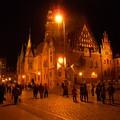 写真: ポーランド ヴロツワフ 旧市街広場夜景