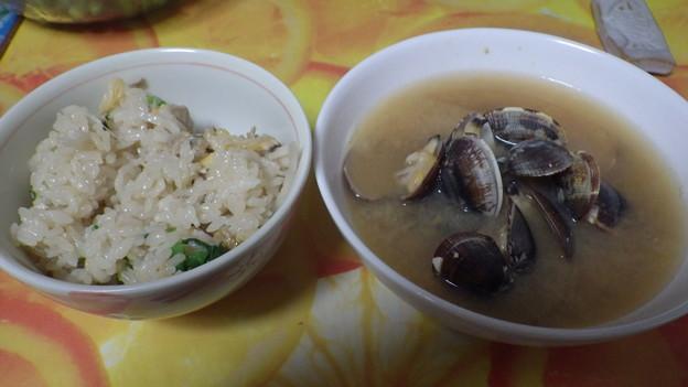 アサリご飯とアサリの味噌汁