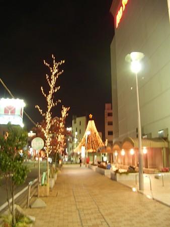 ラピオ前のクリスマスツリー
