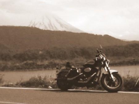 2007_05_03_富士山グルリのひとり走り_18_西湖湖畔01