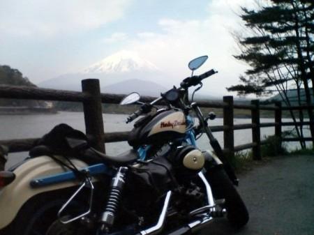 2007_05_03_富士山グルリのひとり走り_20_精進湖湖畔