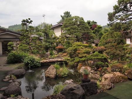 出羽屋の中庭
