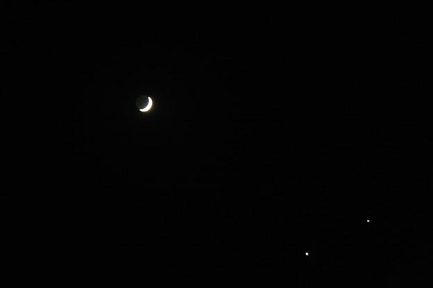 夜空に三角形  三日月、木星と金星