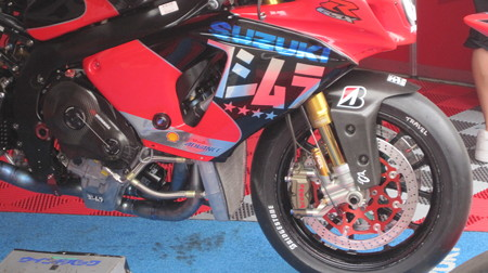 19 2013 12 津田 拓也 ヨシムラスズキレーシングチーム GSX_R1000 IMG_2002