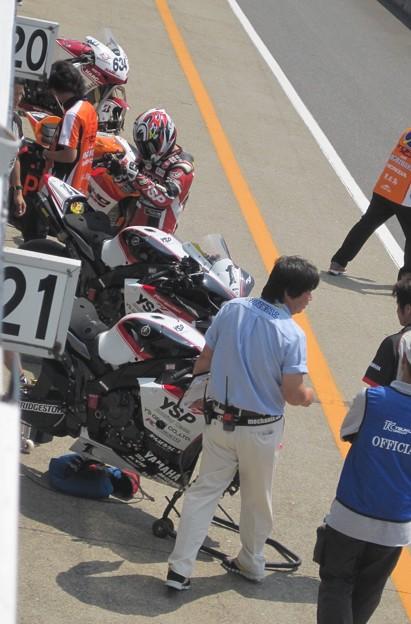 49 2013 1 中須賀克行 Katsuyuki Nakasuga ヤマハYSPレーシングチーム YZF-R1 IMG_1260