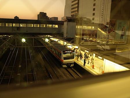 E233系中央線(八王子駅)
