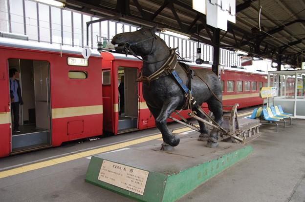ばん馬の像