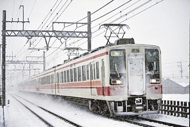 200503040001