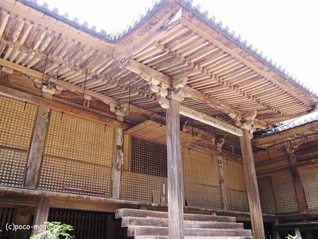 円教寺常行堂裏側 2014年04月12日_P4120226