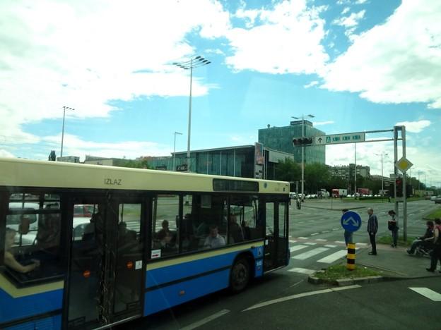 ザグレブ空港からバスターミナルに向かうまで