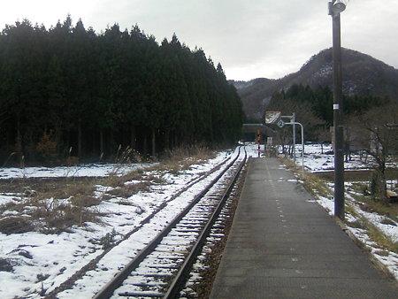 越後片貝駅ホーム2