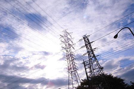 光雲と双鉄塔
