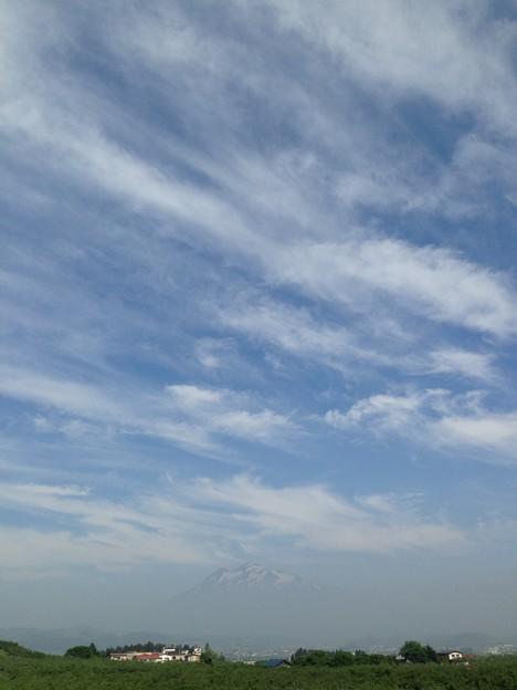 Photos: 今日の岩木山~気温が上がりそう…