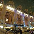 Photos: 駅利用者よりも観光客の方が多い。