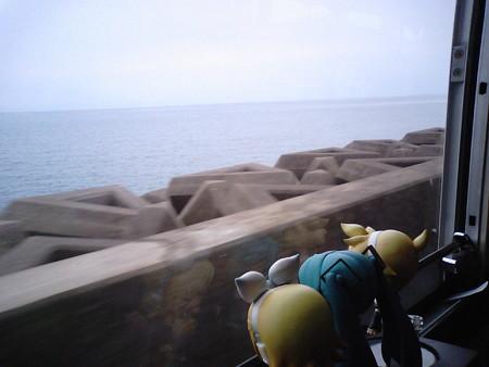 古江小島付近。やっと錦江湾に出てきました!