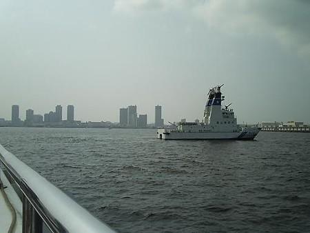 IN 横浜港内 (2)