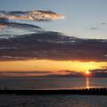 写真: 片瀬海岸西浜 夕陽