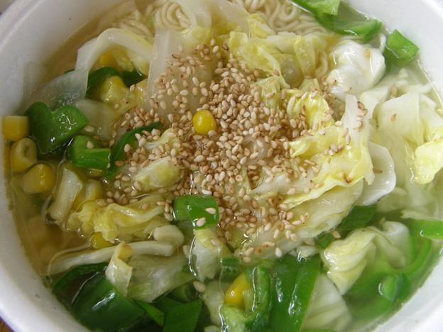 野菜たっぷり AKAGI 塩中華そば