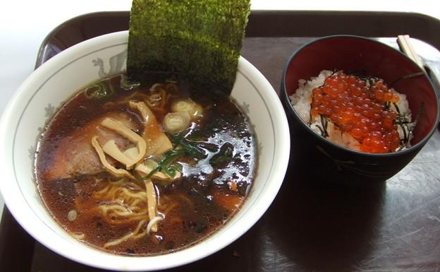 Photos: 20070221北海道物産展・ラーメン鉄平・ラーメンイクラ丼セット1000円