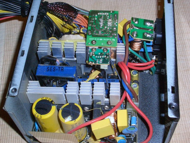 電源ユニット (SCYTHE COREPOWOER2)