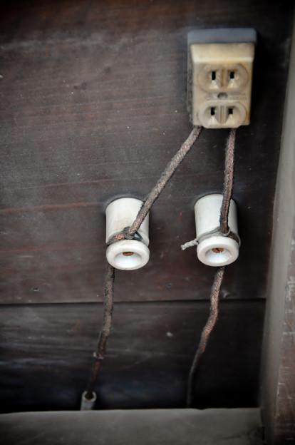 配電ケーブル