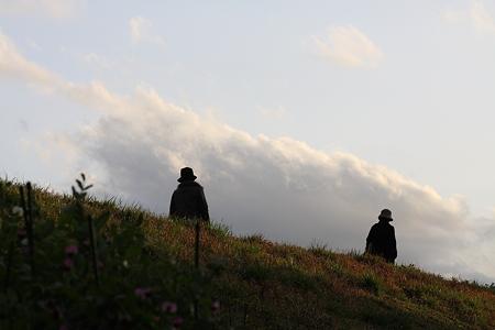 2009.03.14 雨上りの土手