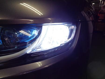 オデッセイ 埼玉県 ウインカー2色LED取付 ホワイト