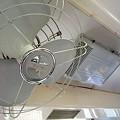 写真: JR飯田線119系・国鉄ロゴマーク入りの扇風機