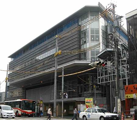 近江町市場再開発ビル 2008年12月 1階オープン予定で工事中-200916-1