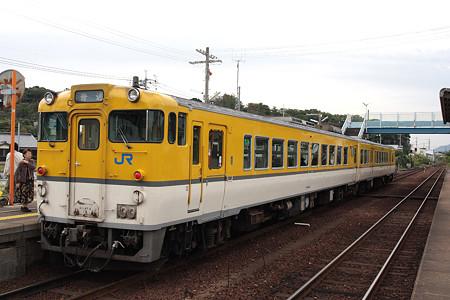 山陰本線小串駅(キハ48)