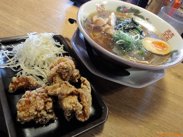 唐揚げ醤油らぁ麺セット