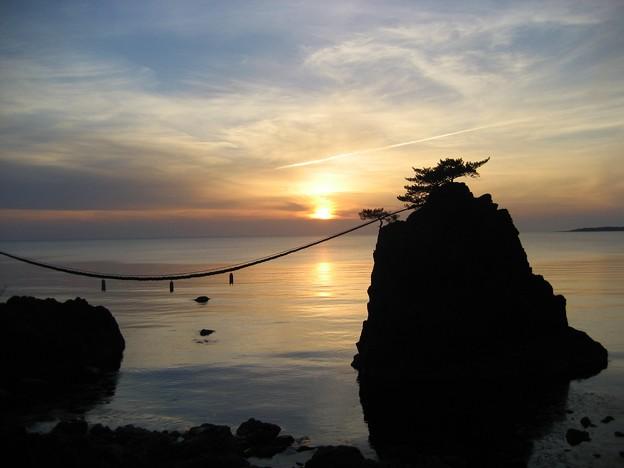 機具岩 夕日 懐かしい画像