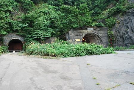 R158 馬返しトンネル新旧