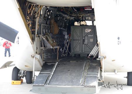 MV-22後部ランプ内2L