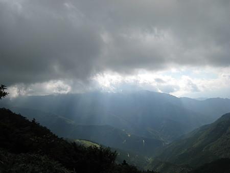 寒風山登り途中の景色
