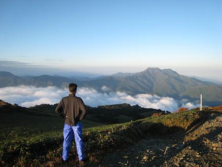 石鎚山と雲海と自分