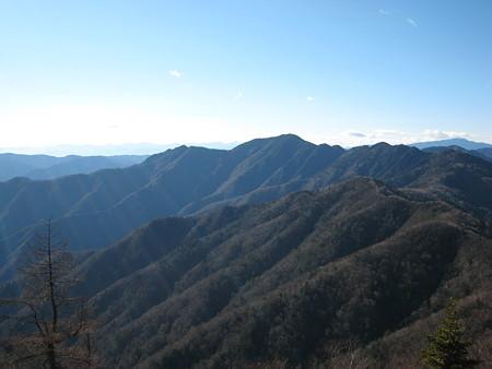 小雲取山への縦走路からの景色